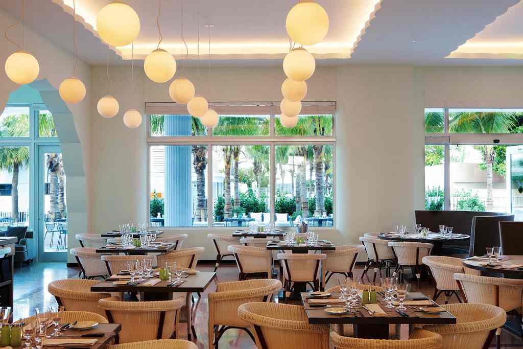Traymore Restaurant_Metropolitan by COMO_Miami Beach